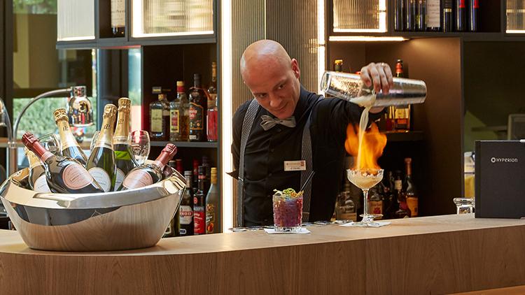 Bar Mitarbeiter | Bartender | Mitarbeiter Service (m/w/d)