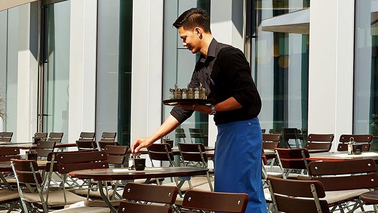 Frühstücksmitarbeiter (m/w/d)