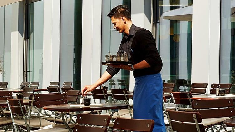 Aushilfe Frühstücksservice (m/w/d) - H+ Hotel Zürich